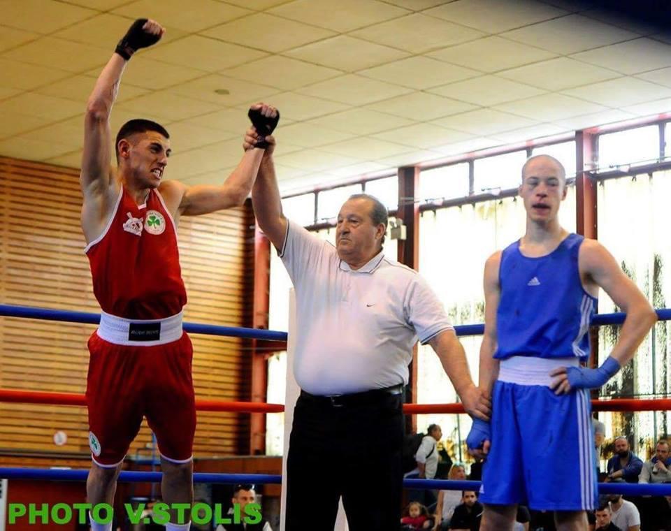 Ο Μανώλης Παπαδόπουλος Πρωταθλητής Ελλάδος στα 64 κιλά στην Πυγμαχία