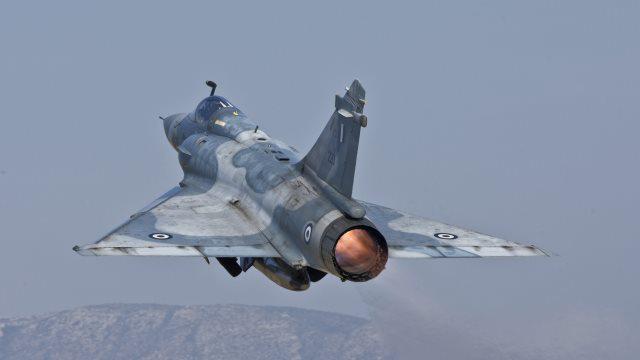Έκτακτο: Πτώση μαχητικού αεροσκάφους Mirage 2000-5 στη Σκύρο
