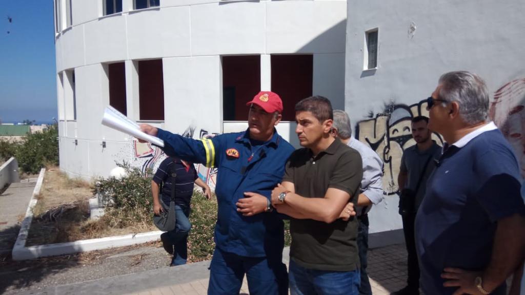 Πανεπιστήμιο Κρήτης: Ο Λευτέρης Αυγενάκης και ο πρόεδρος ΝΟΔΕ Ηρακλείου στο σημείο της Πυρκαγιάς