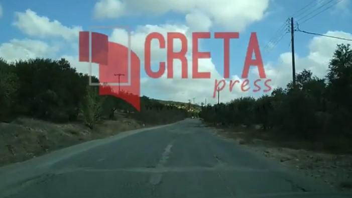 Σε κακή κατάσταση ο δρόμος έξω από την Γαρίπα (βίντεο)