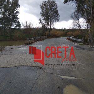 Η επικίνδυνη γέφυρα στα Καλύβια του Δήμου Αρχανών-Αστερουσίων