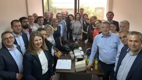 Κατέθεσε το ψηφοδέλτιο του ο Σταύρος Αρναουτάκης