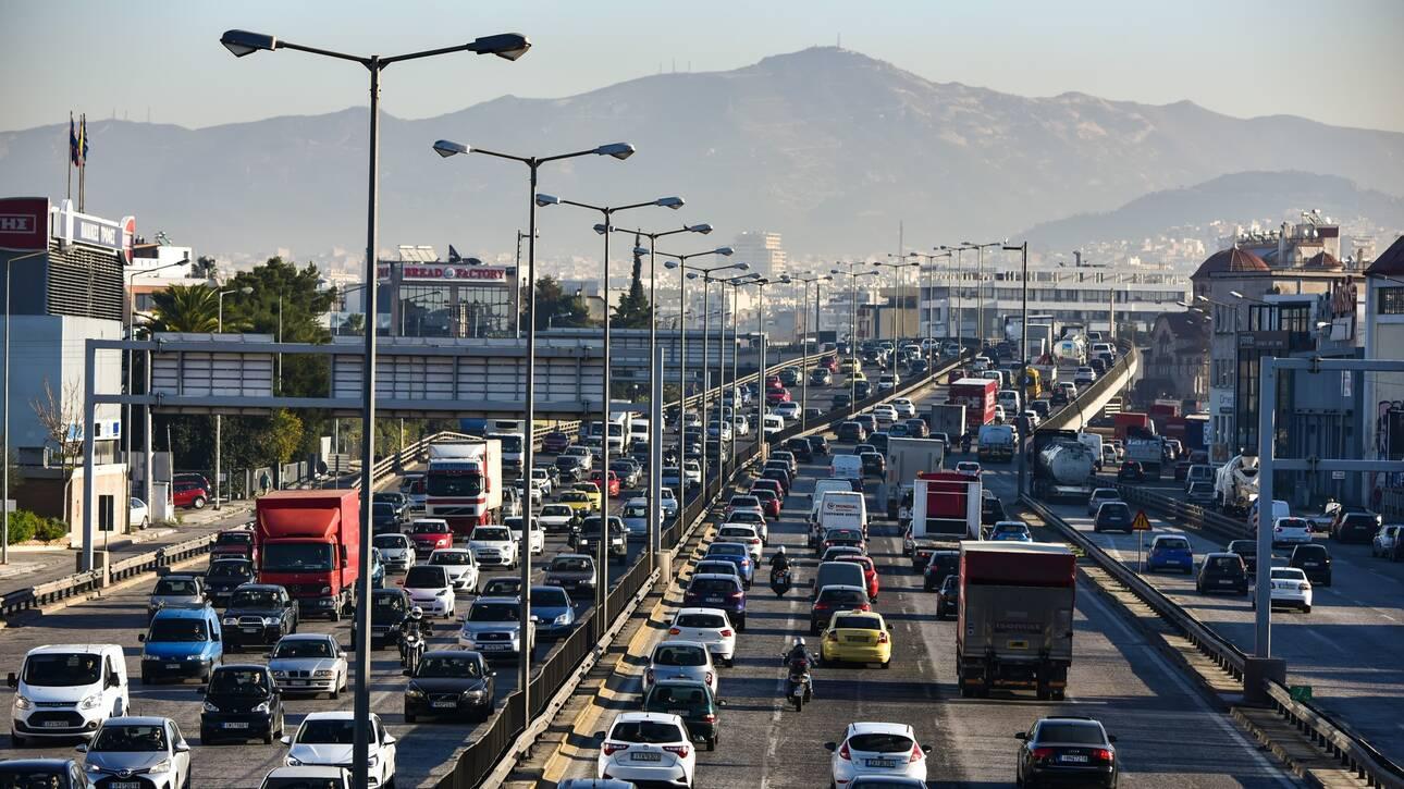 Βασιλακόπουλος: Καμπανάκι για τη χαλάρωση των μέτρων – Προσοχή στις τουριστικές περιοχές