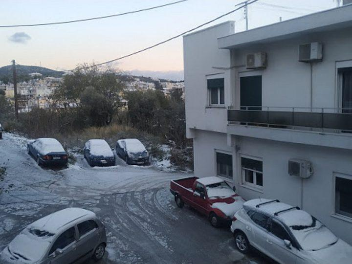 To… έστρωσε στη Μυτιλήνη – Κλειστά τα σχολεία