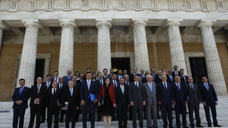 Ανασχηματισμός : Τα μηνύματα που στέλνουν οι αλλαγές στην κυβέρνηση