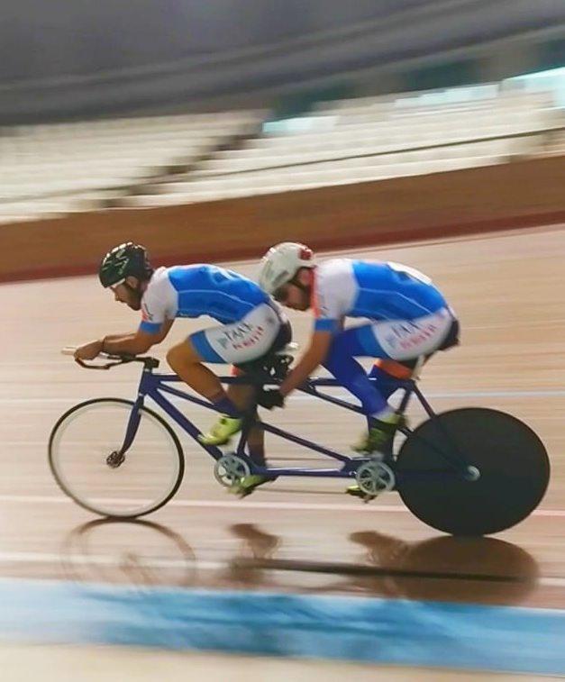 Συγκεντρώνουν δωρεές για να συμμετάσχουν σε αγώνες ποδηλασίες ΑμεΑ στο Βέλγιο