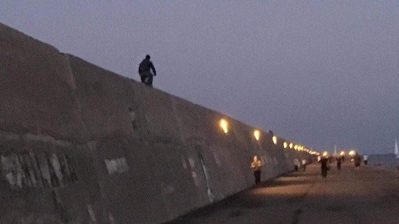 Ηράκλειο: Ακροβασία θανάτου στον Κούλε! (φωτογραφία)