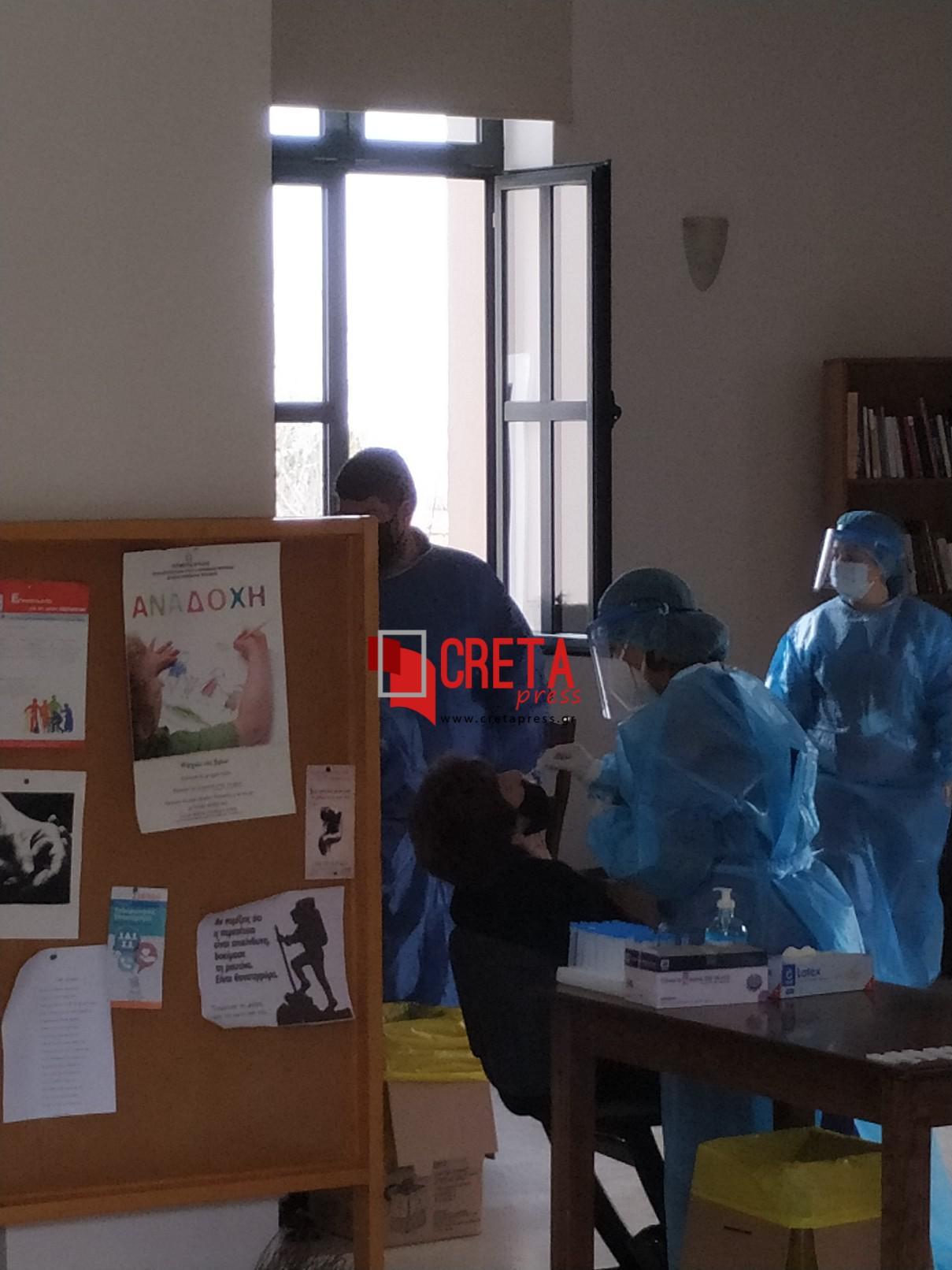 Rapid test από κλιμάκιο του ΕΟΔΥ  στον Πύργο Μονοφατσίου