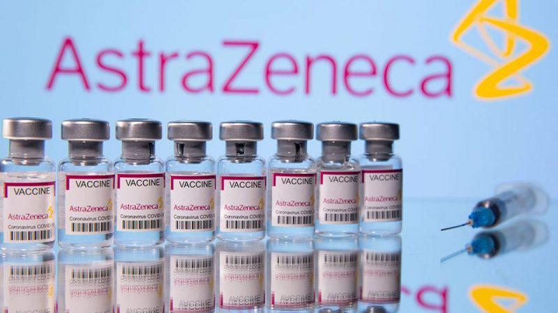 Εμβόλιο AstraZeneca: Παύση για τους κάτω των 60 – Κανονικά η δεύτερη δόση