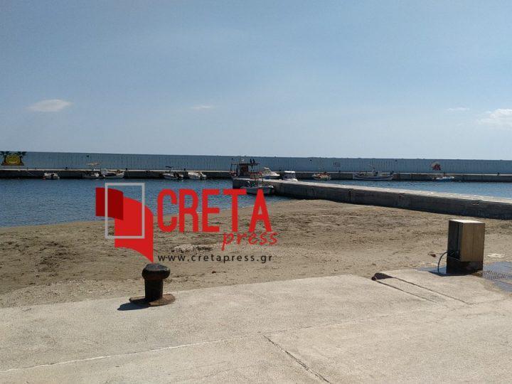 Σε παραλία εξελίσσεται το λιμάνι της Άρβης