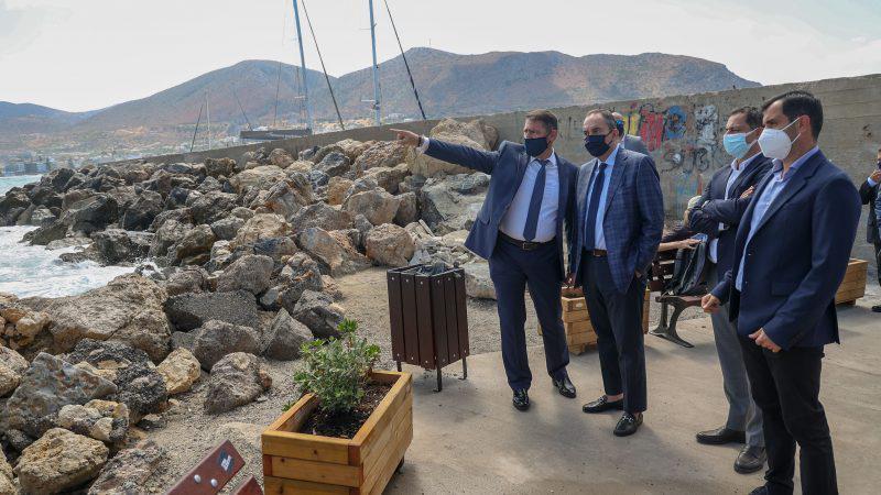 Το Λιμάνι Χερσονήσου αλλάζει όψη – ανακοίνωσε έργα προϋπολογισμού  5 εκατ. ευρώ σε υποδομές ο Υπουργός Ναυτιλίας, Γιάννης Πλακιωτάκης.